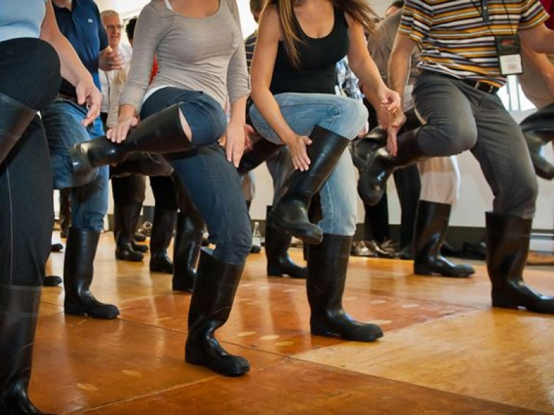 team-building-gumboots-danse-percussion12