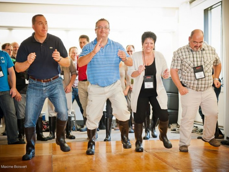 team-building-gumboots-danse-percussion7